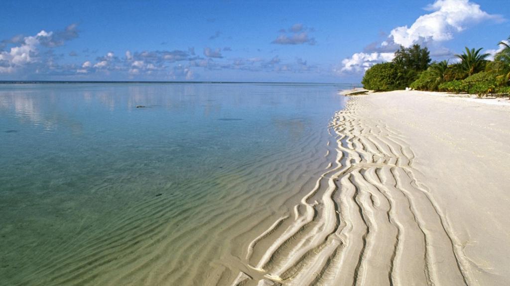 Naifaru maldives